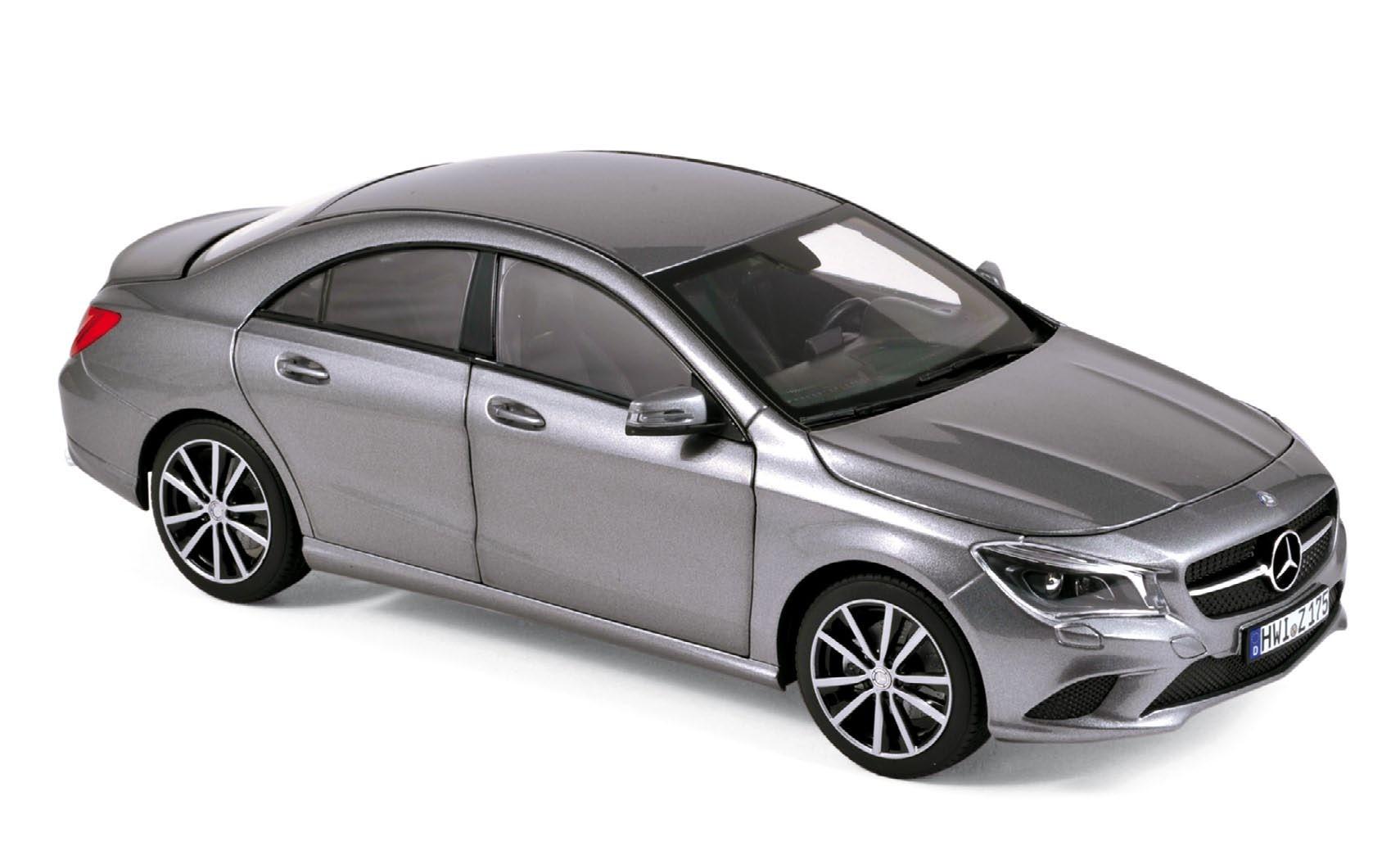 Mercedes benz cla class 2013 grey metallic for 2013 cla mercedes benz
